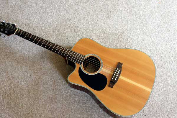 Tìm hiểu về một số dòng Guitar classic nổi tiếng trên thế giới