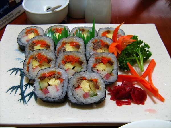 Món ăn hàn quốc dễ làm nhất - kimbap